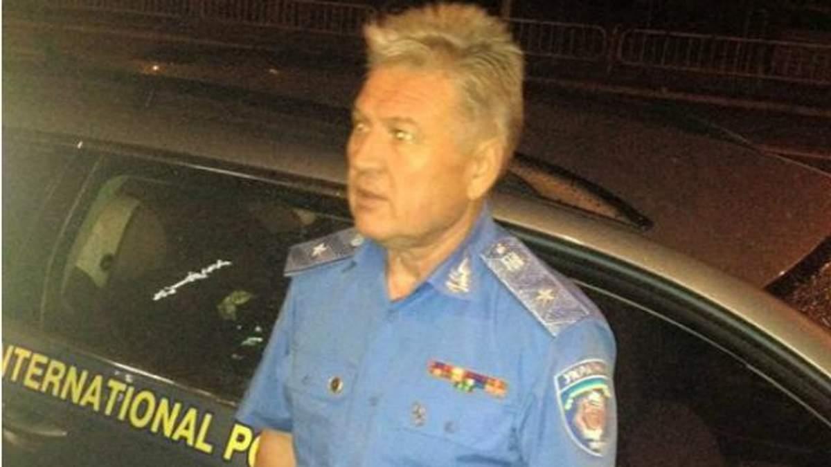 Неадекватный пьяный экс-генерал устроил ДТП в Киеве