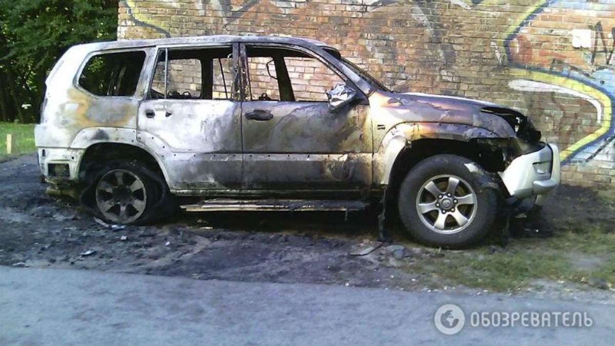 Вибух у Києві. Невідомі підірвали джип
