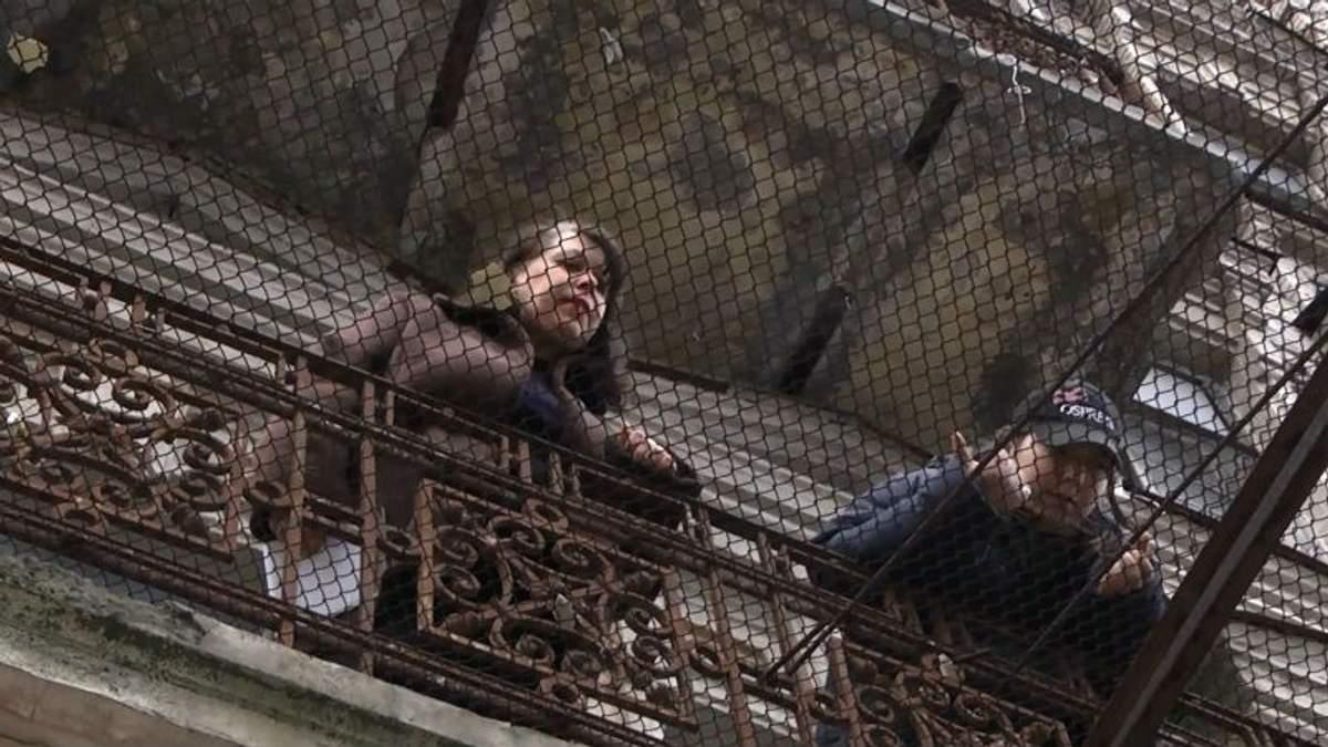 Жена экс-министра жестко выгоняет переселенцев из киевского дома