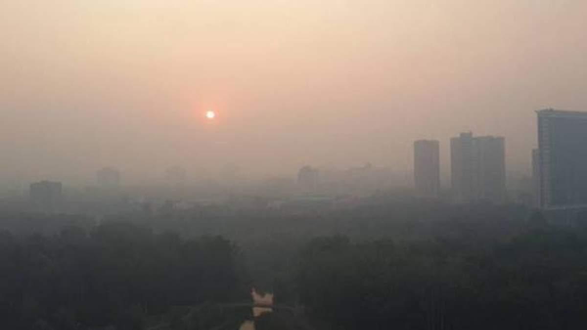 Медики рекомендуют киевлянам не выходить на улицы из-за смога