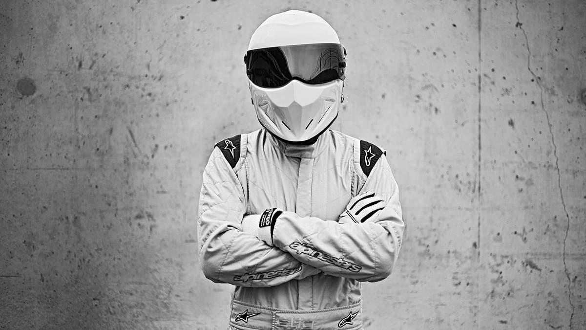 Поразительно экстремальное видео от бывшего ведущего Top Gear с недостроенного моста в Киеве