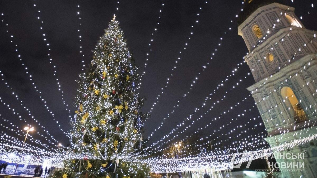 Сколько украинцев  праздновали Новый год под главной елкой страны: впечатляющая цифра