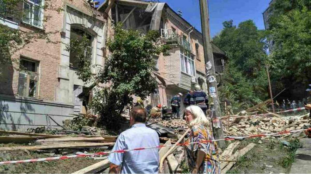 Что стало причиной взрыва в жилом доме Киева: мнение жителей