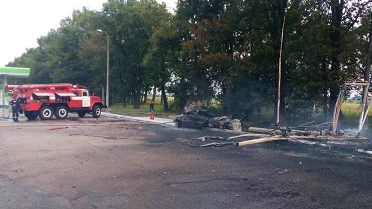 Авто в'їхало в газовий модуль на АЗС Київщини: від вибуху загинула людина