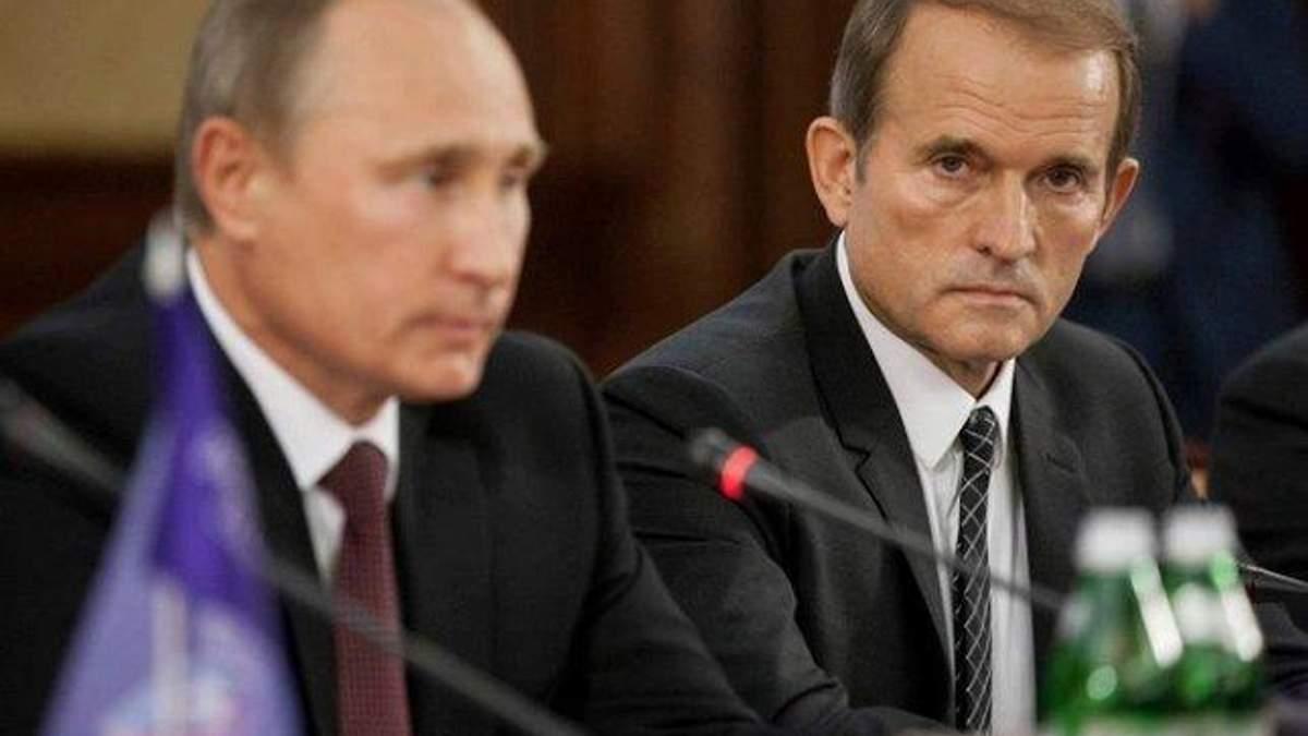 Журналістам заважали знімати приліт Медведчука з Росії