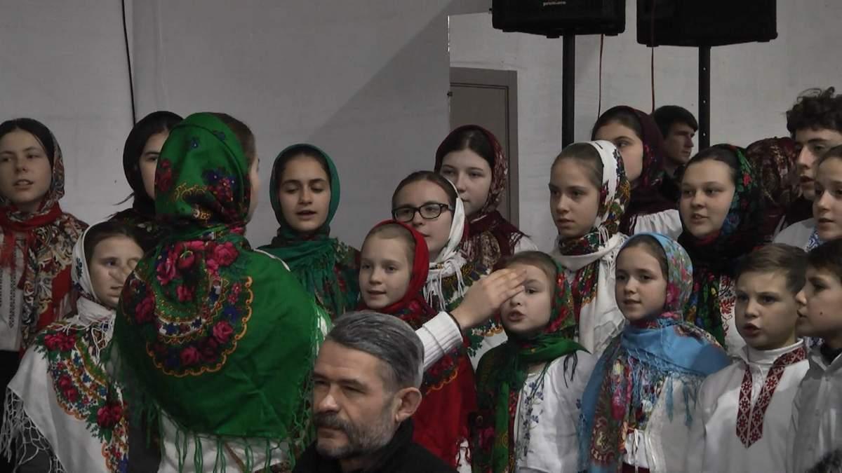 В Києві організували різдвяні обіди для нужденних