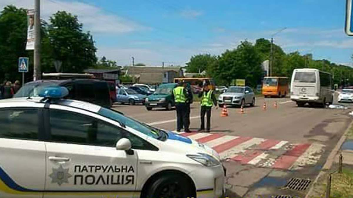 Під Києвом сталася жахлива ДТП, загинула 10-річна дівчинка: моторошні фото (18+)