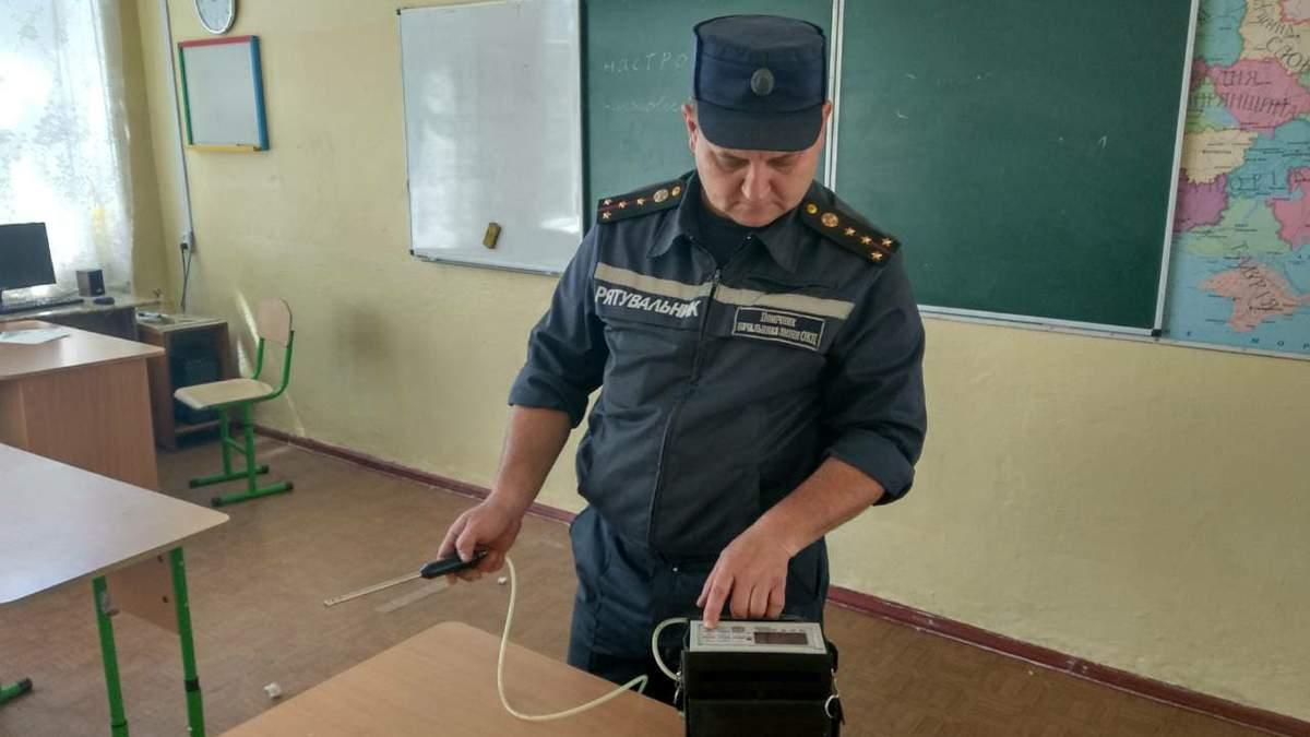В Николаеве из школы эвакуировали почти полтысячи учеников из-за резкого неизвестного запаха
