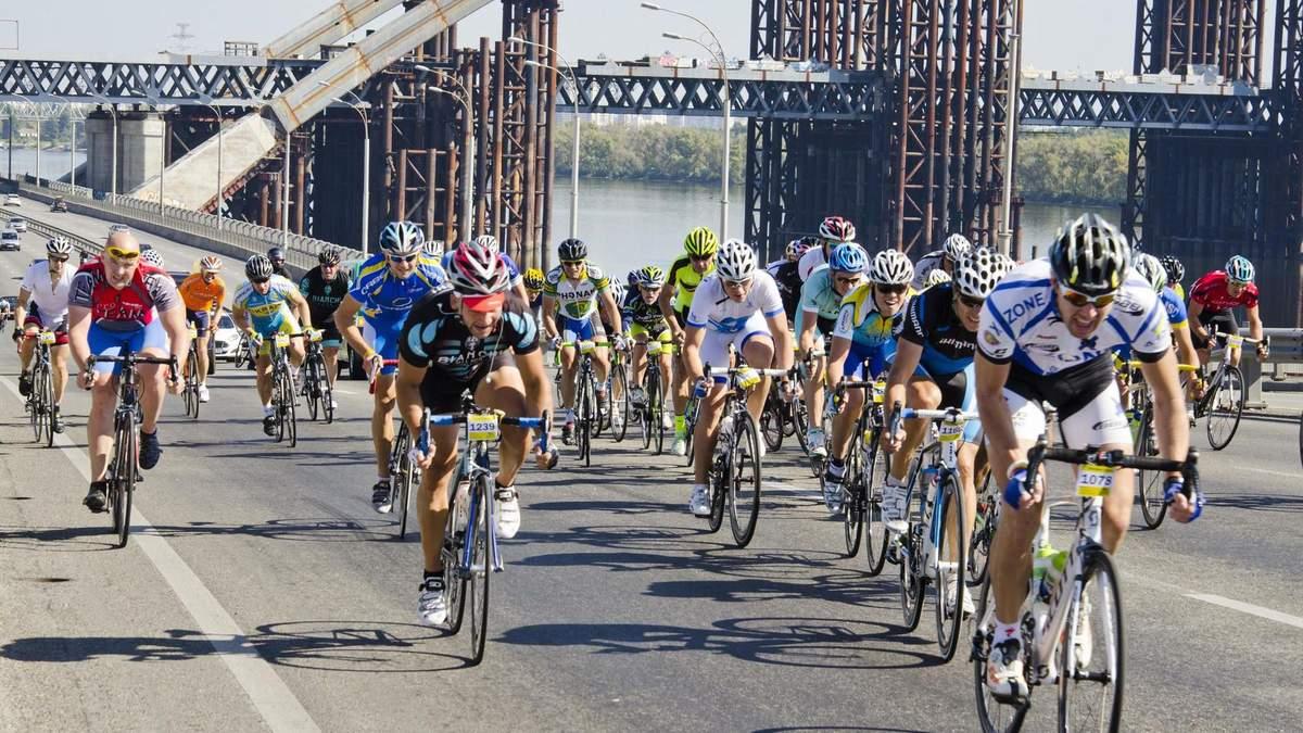 У Києві на  велотреку проводять міжнародні змагання