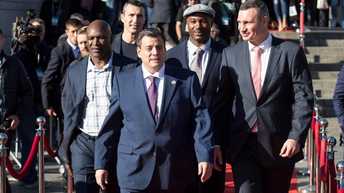 У Києві урочисто відкрили Конгрес Всесвітньої боксерської ради: фото  та відео