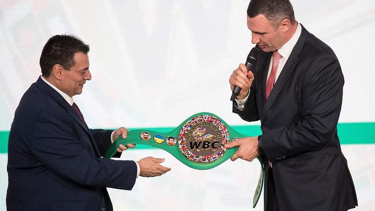 Український прапор з'явиться на нових чемпіонських поясах WBC: фото