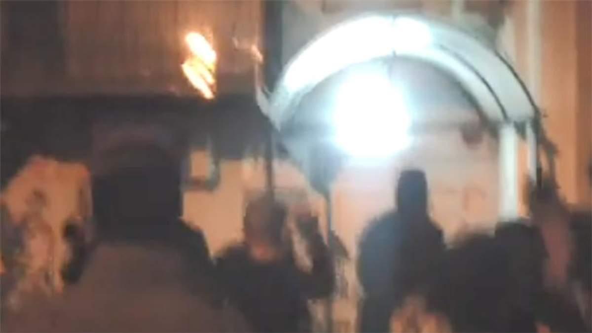 Националисты пытались атаковать офис Медведчука в Киеве, но, вероятно, ошиблись адресом