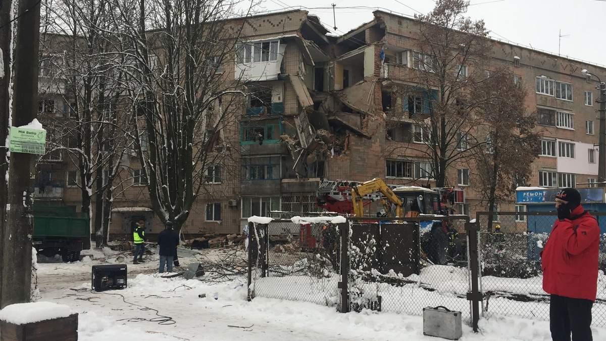Вибух газу на Київщині: людей, які втратили житло, розміщують у готелях та лікарнях