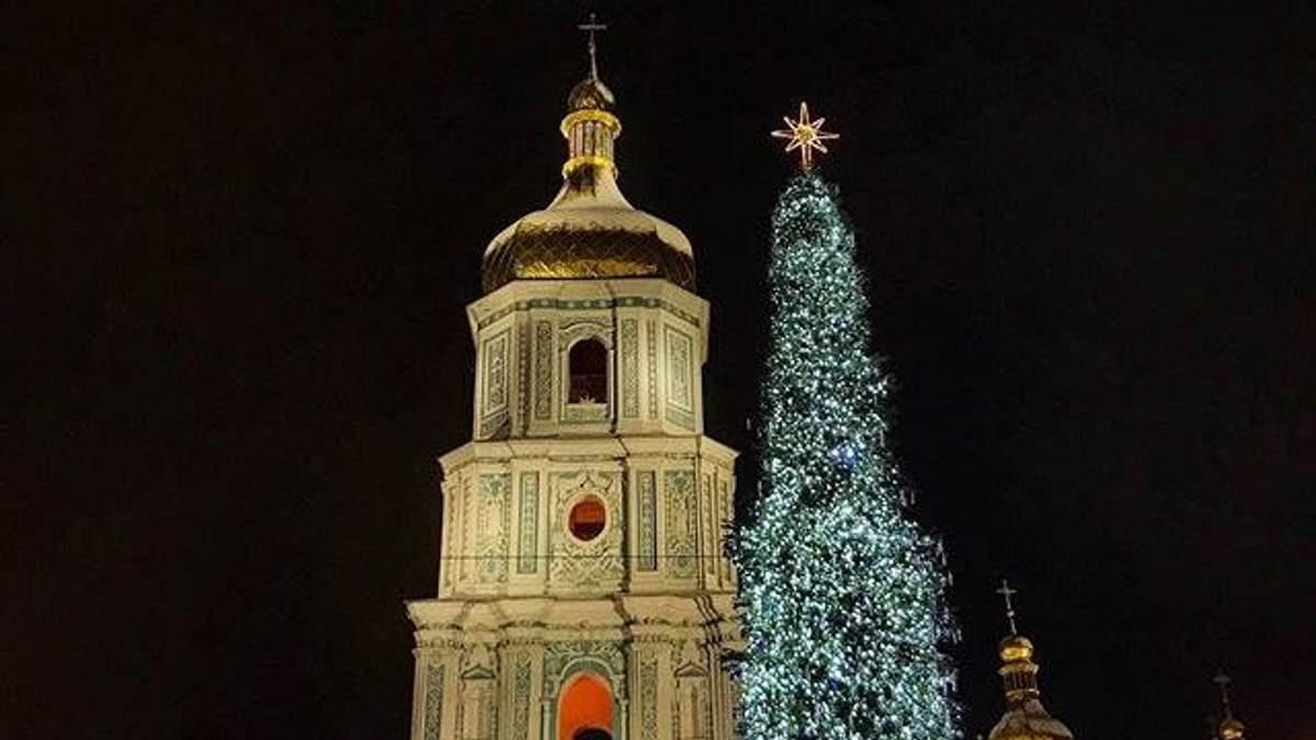 Как празднуют Новый год в центре Киева: видео с главной елки страны