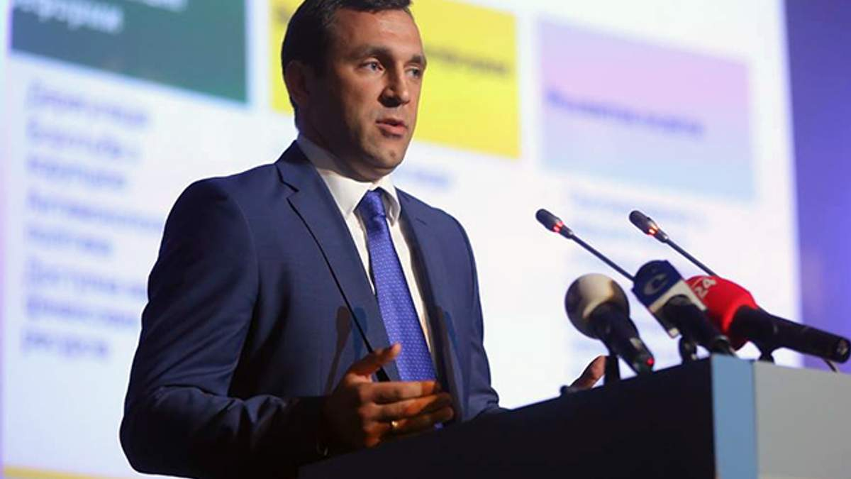 Народний депутат заявив про пограбування його квартири в Києві: фото