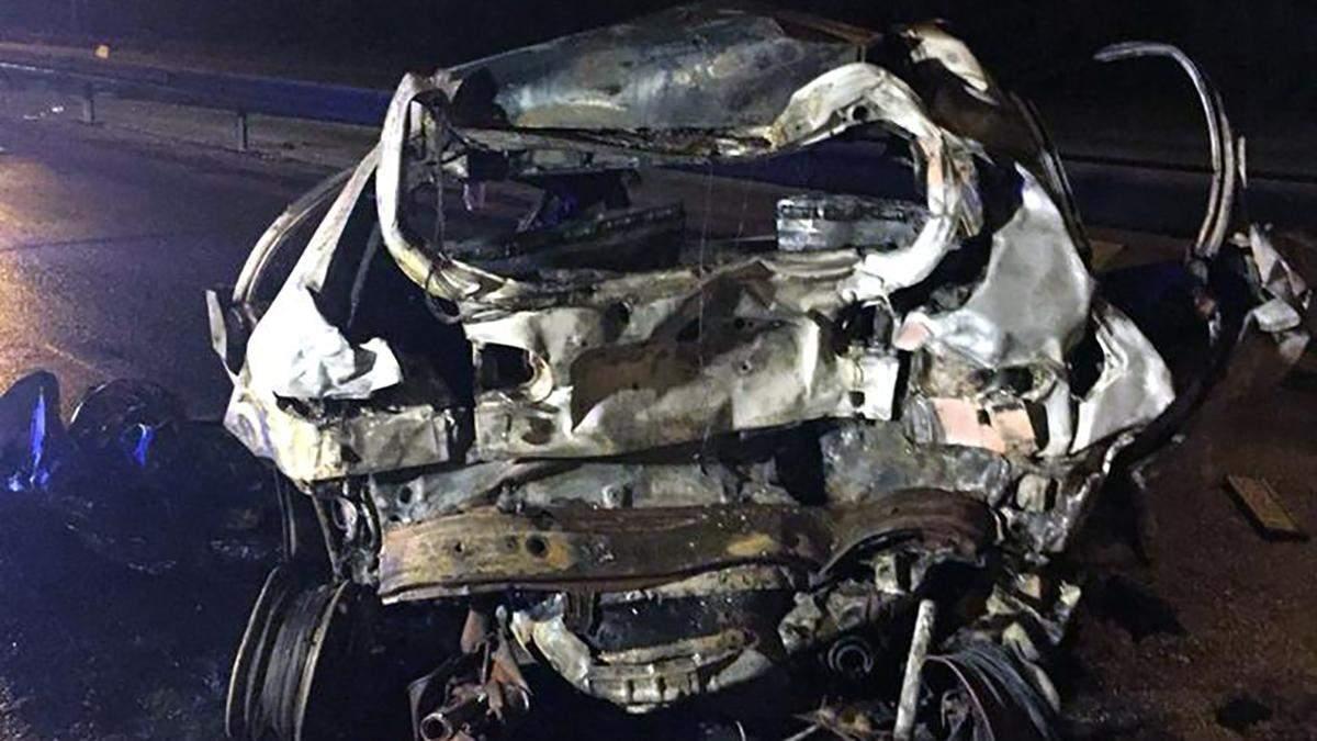 Смертельна ДТП сталася у Києві: жінка згоріла живцем, а водій BMW втік
