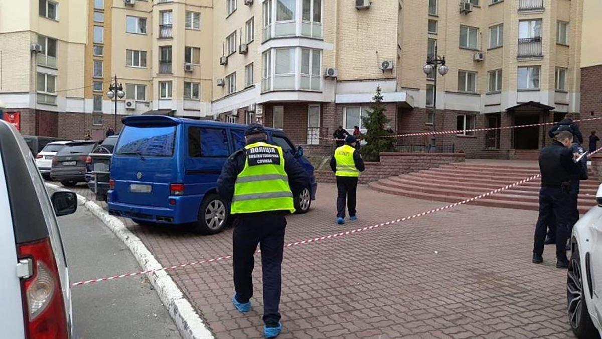 У Києві на Оболоні вибухнув автомобіль