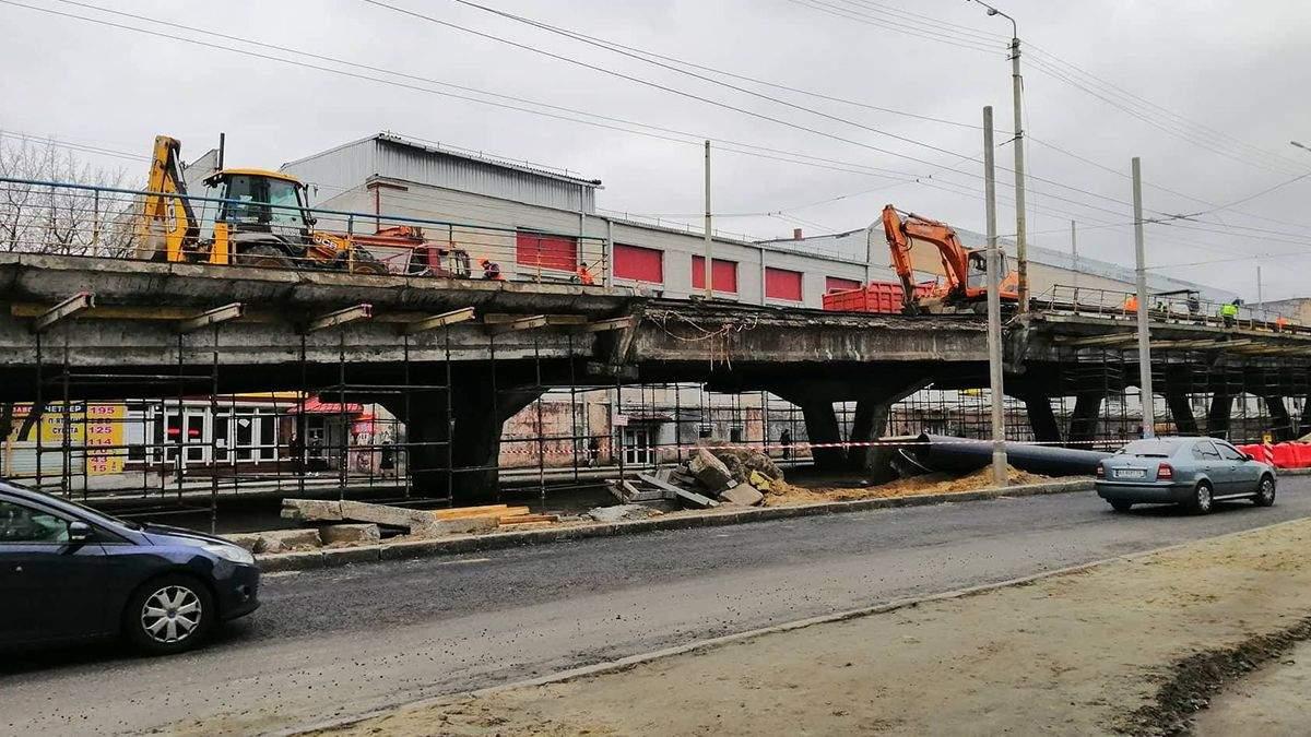 Реконструкція Шулявського мосту: через примху нардепа знесуть цех заводу
