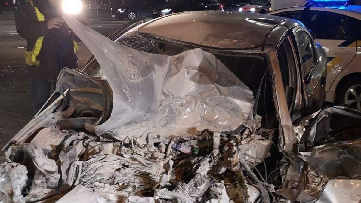 Масштабное ДТП в Киеве с участием трех авто и маршрутки: пострадали четыре человека