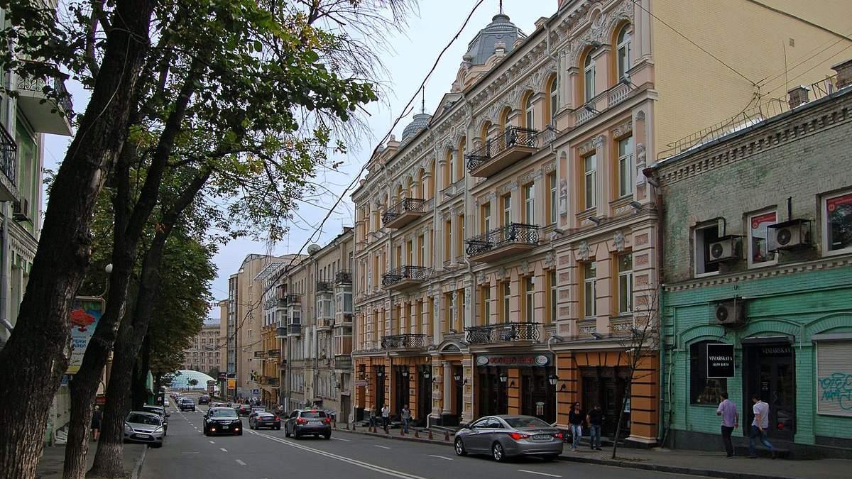 З квітня на деяких вулицях Києва можна їхати зі швидкістю 80 кілометрів за годину: перелік