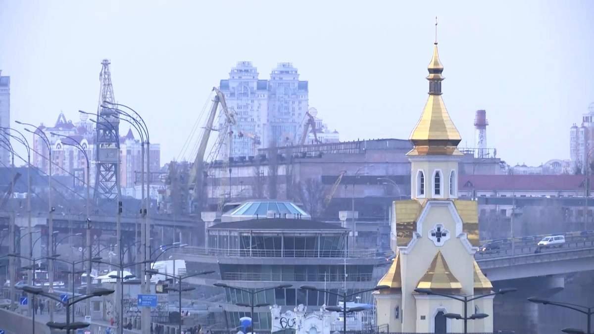 В Киеве археологи нашли ценные вещи времен Киевской Руси: фото и видео