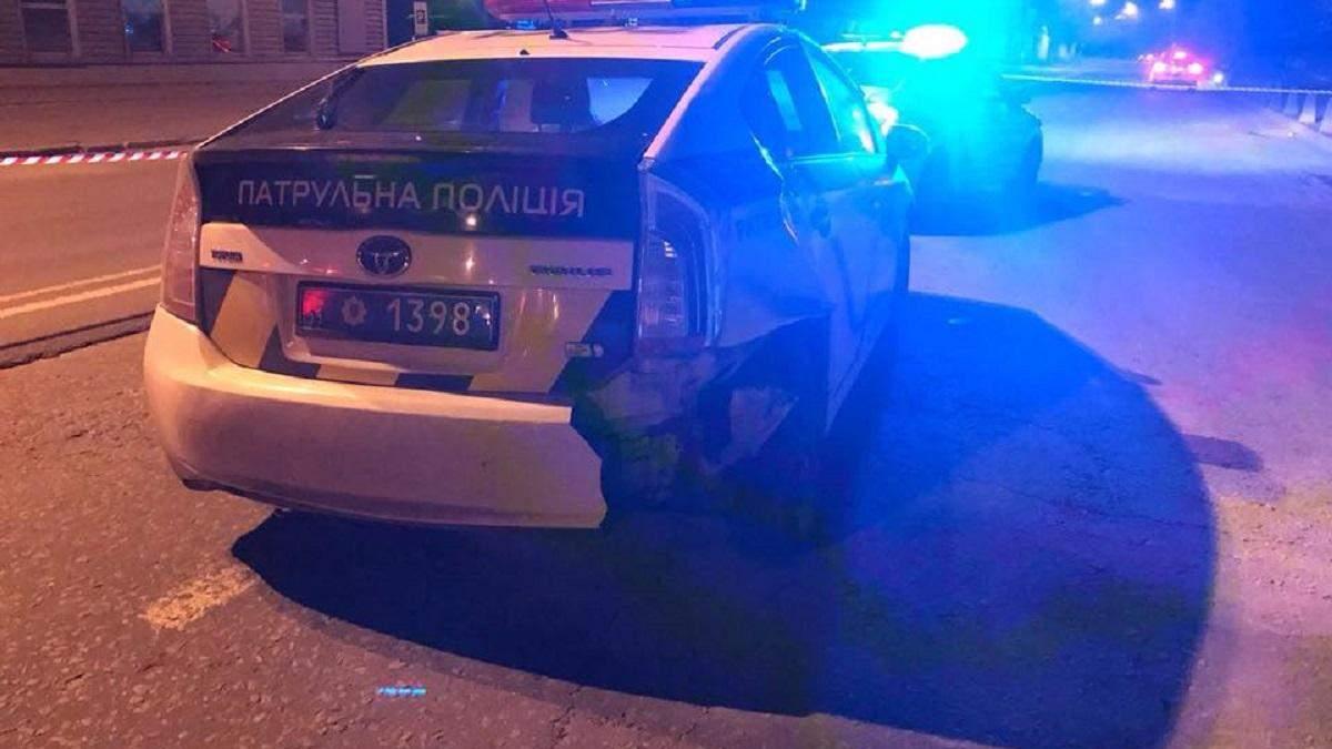 У Києві чоловік викрав автомобіль патрульних і збив на ньому поліцейську (оновлено)