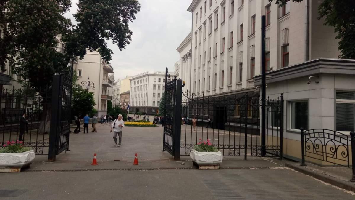 Банкову в Києві відкрили для вільного проходу людей