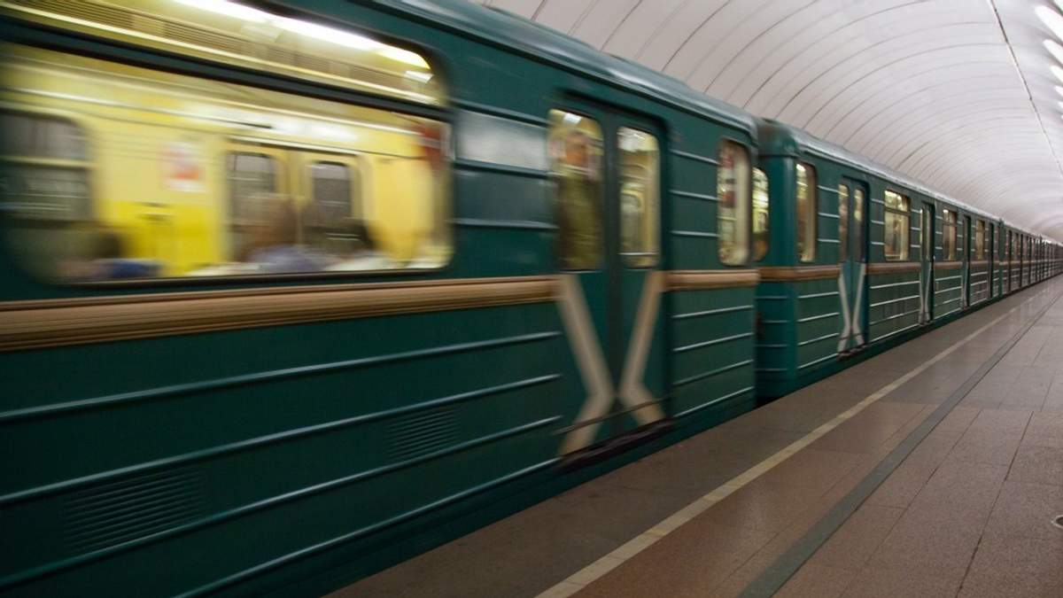 Коли відкриють нові станції метро на Виноградар: заява головного інженера