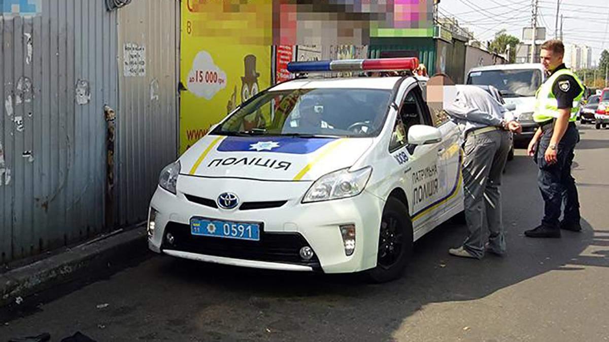У Києві сталася стрілянина між водіями: фото