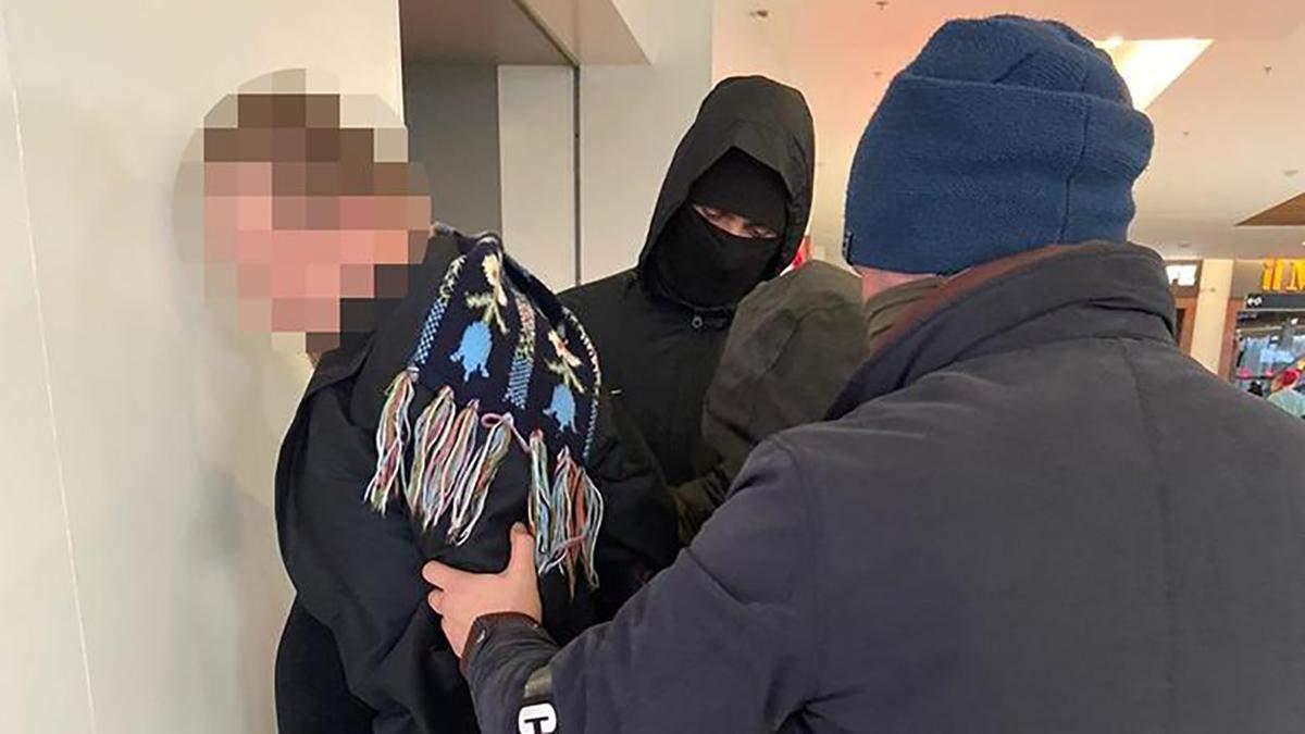 Поліцейські затримали шахраїв