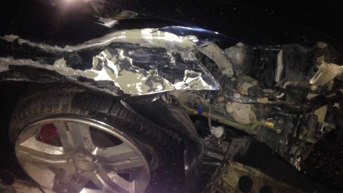 У Києві водій на шаленій швидкості потрощив три автомобіля