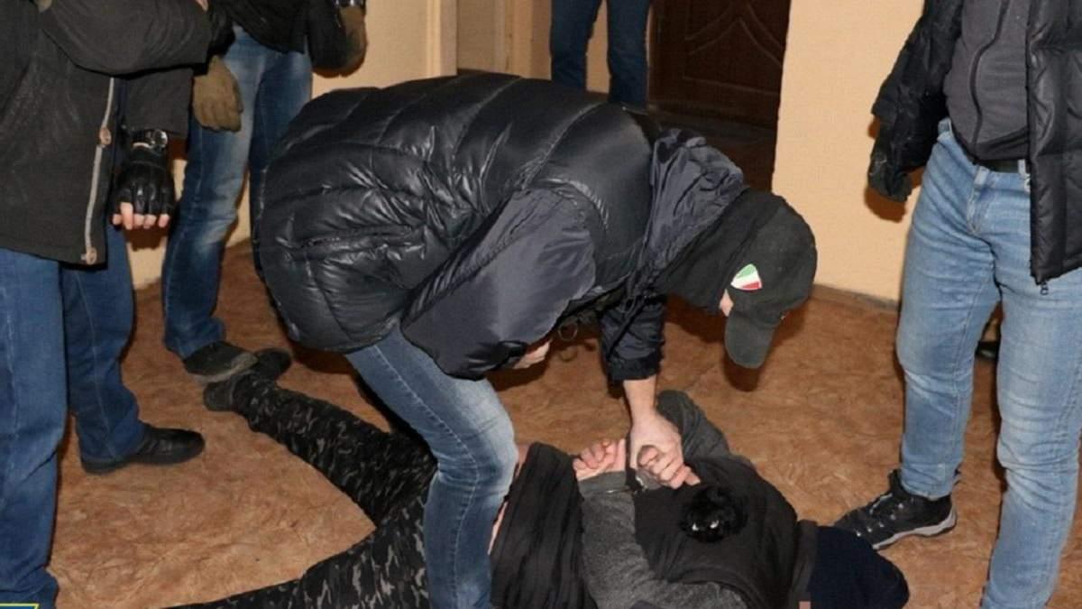Житель Харкова намагався підірвати українського бійця