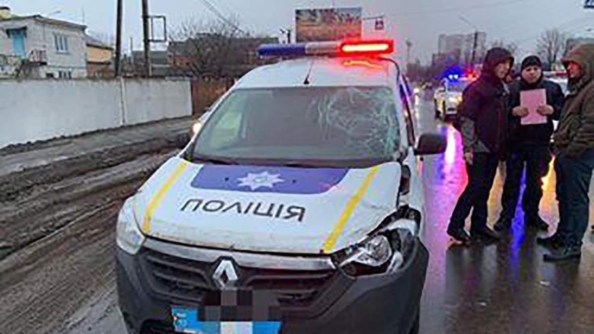 У Борисполі поліцейський на службовому авто насмерть збив людину
