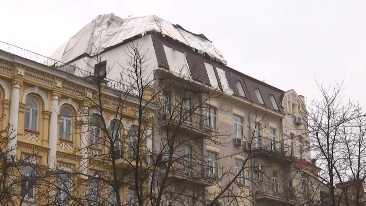 Подружжя бізнесменів добудувало поверх в історичній будівлі Києва: розгорівся скандал