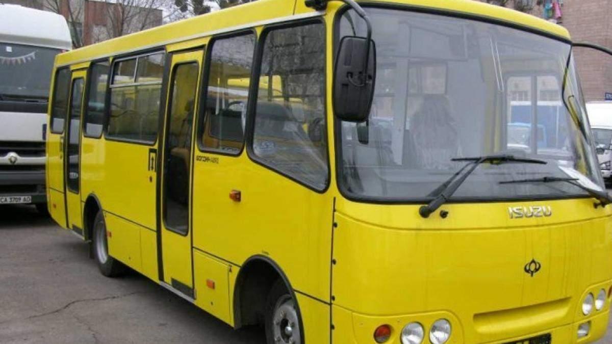 У Києві 6 березня чоловік розбив ніс поліцейській