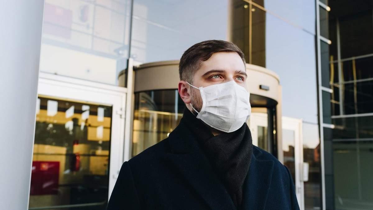 В Україні підтвердили 14 хворих на коронавірус: серед них троє дітей
