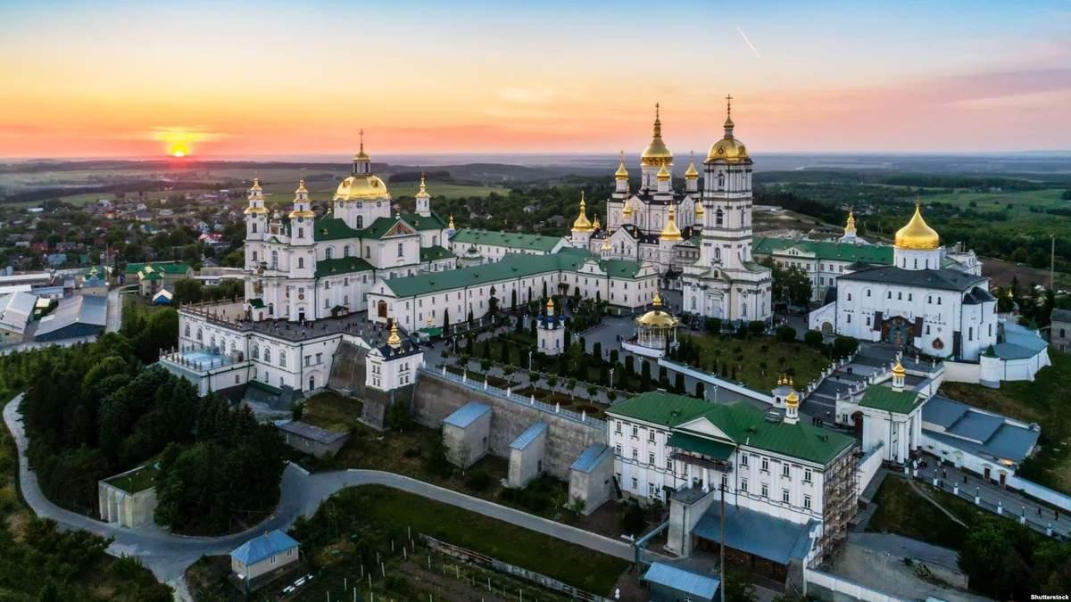 В Киеве от COVID-19 лечатся 4 священники из Почаевской лавры