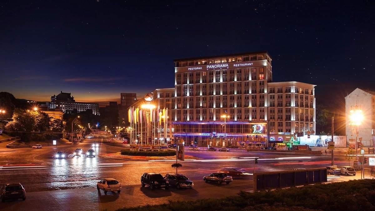 Історичні готелі для електронного аукціону