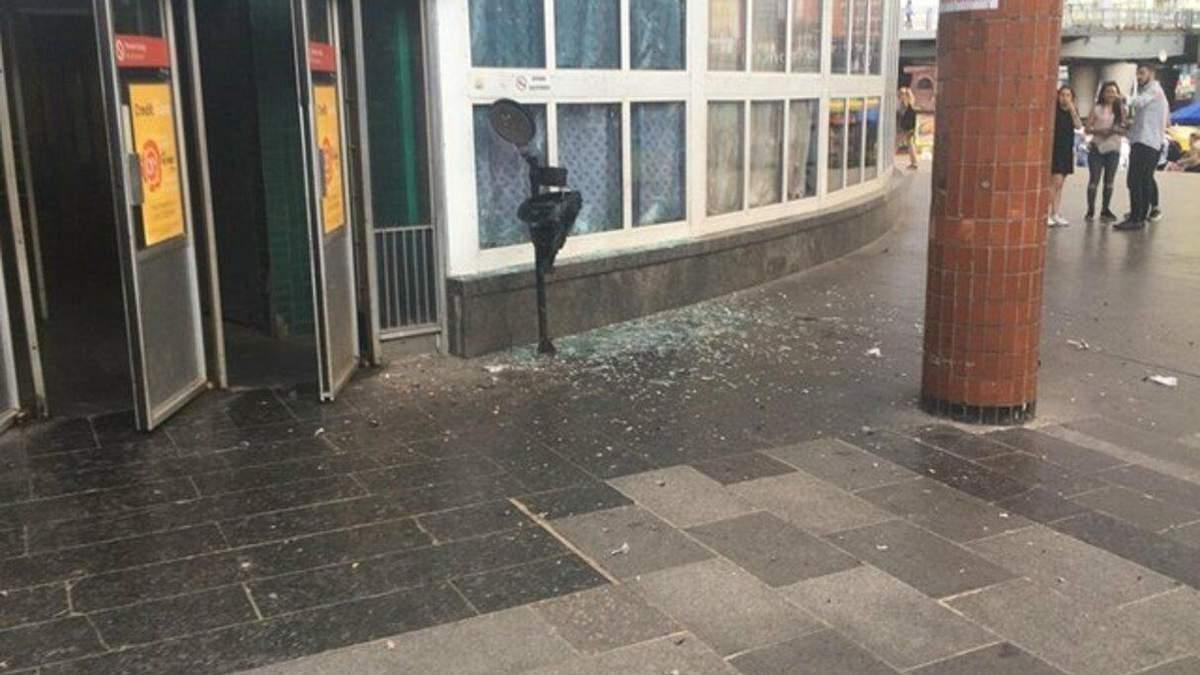 Вибух біля станції метро Шулявська: постраждалого прооперували