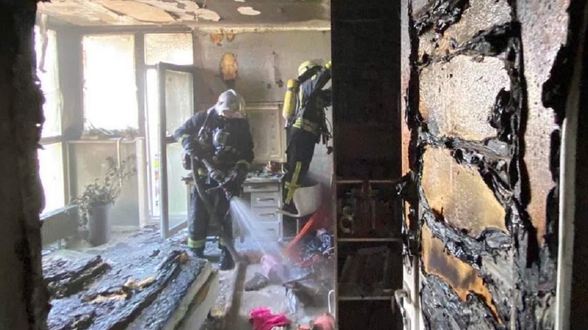 В Киеве 10-летняя девочка пыталась потушить пожар