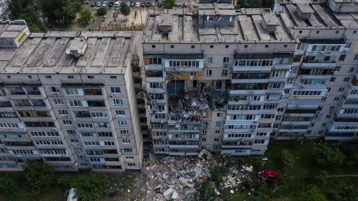 Усі сім'ї зі зруйнованого вибухом будинку на Позняках отримали нове житло, – Зеленський