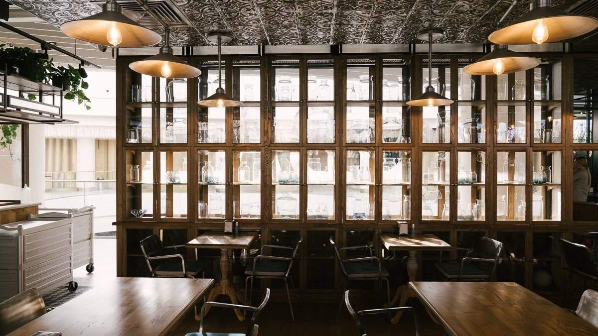 Milk Bar TSUM: меню с пиццей и нестандартный интерьер для заведения – фото