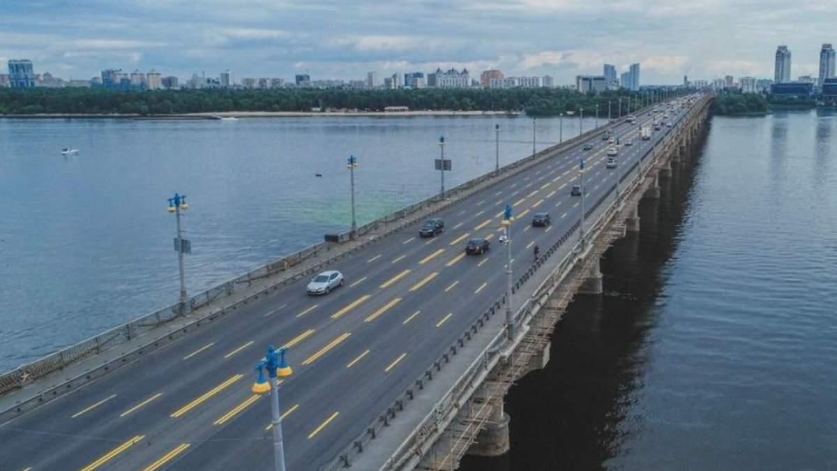 Ограничение движения на мосту Патона 11 - 12 октября: какие участки