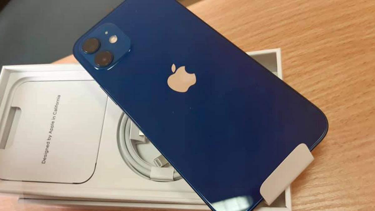iPhone 12 вже у Києві