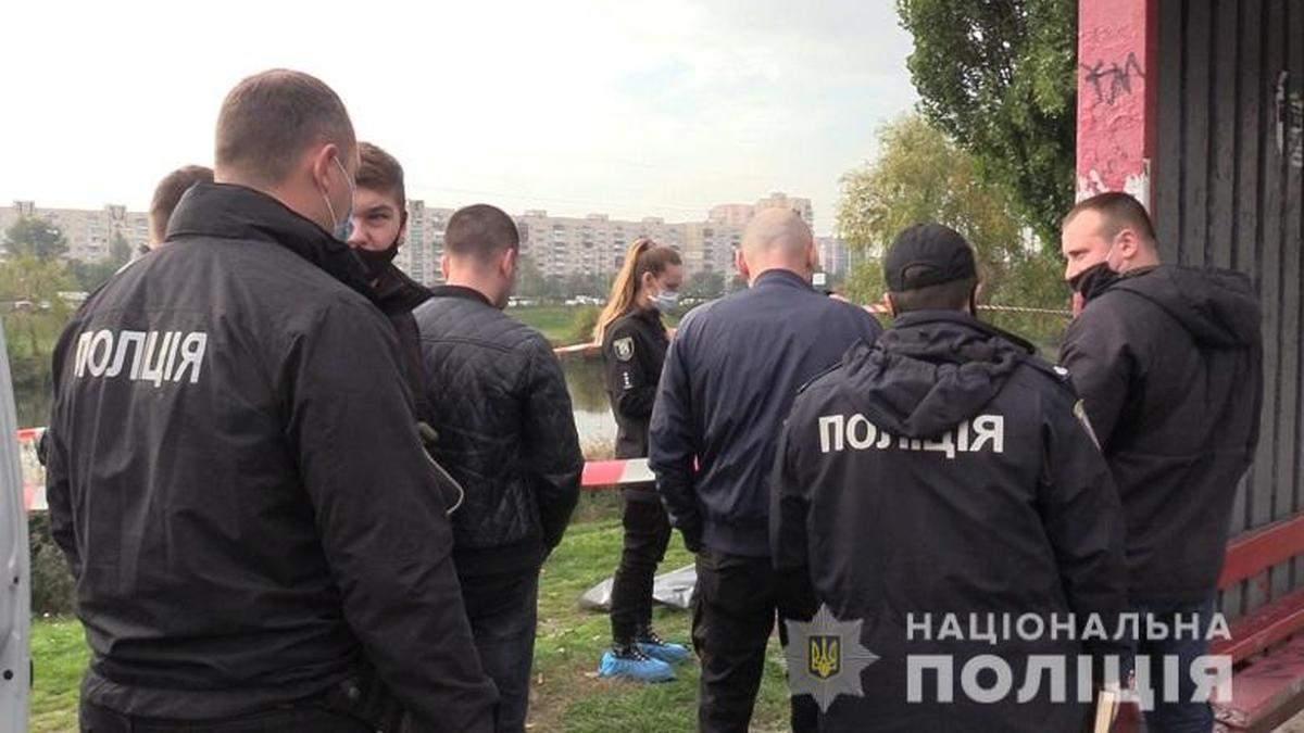 У Києві розкрили жахливе вбивство жінки на зупинці