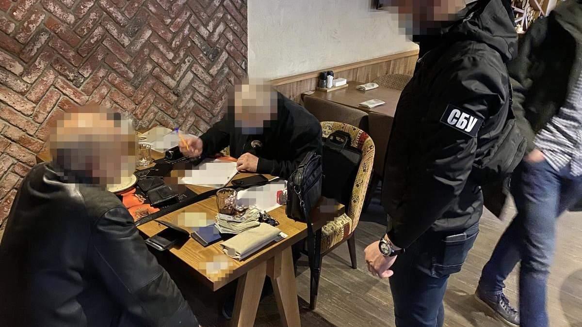 Ректора вишу затримали за переправлення нелегалів через кордон