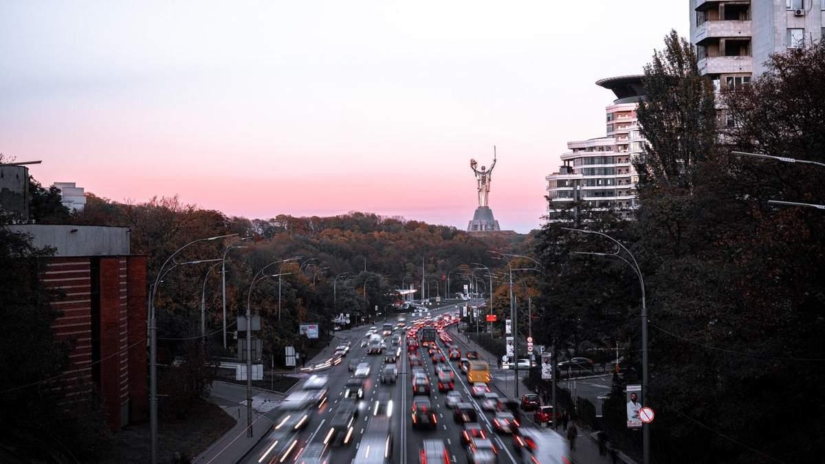 Чи може Київ потрапити до червоної зони: прогноз Рубана