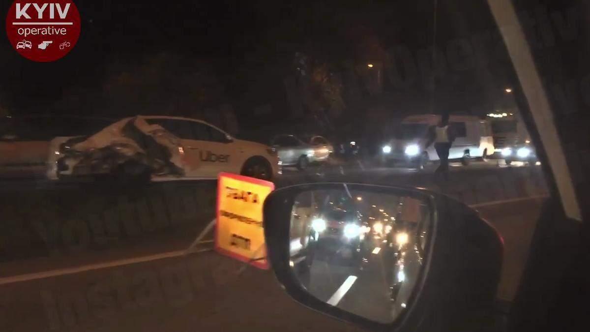 Между Киевом и Броварами произошла тройное ДТП с участием такси