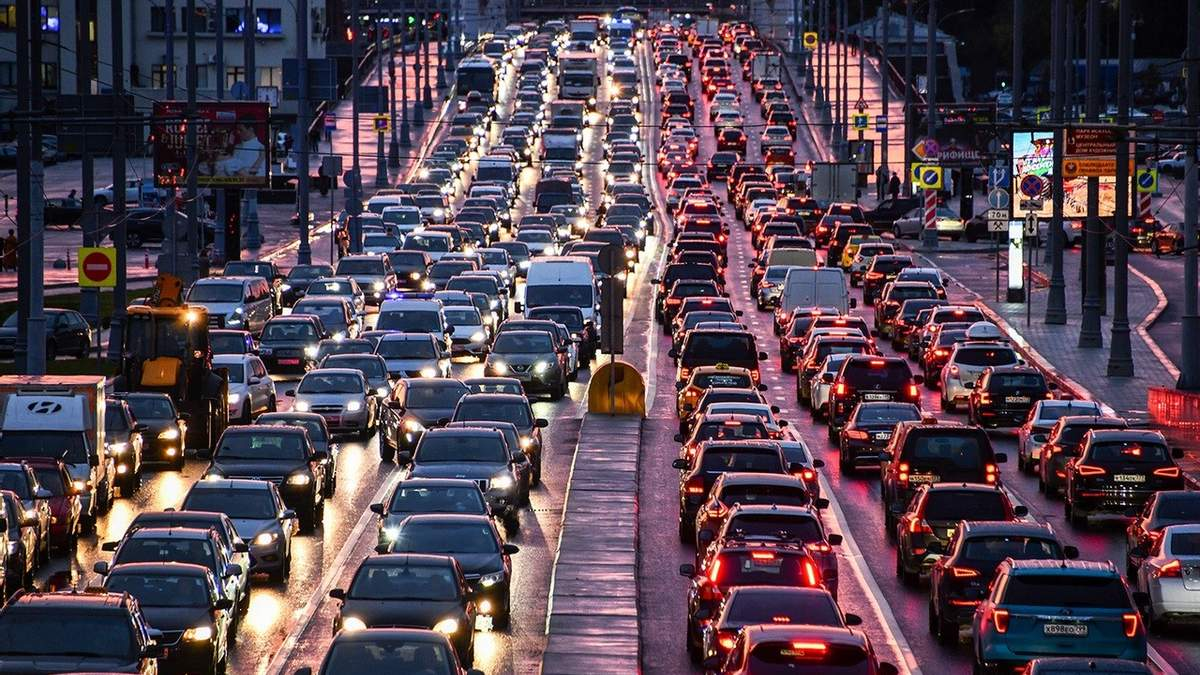 В Киеве назвали улицы с наибольшим трафиком - список