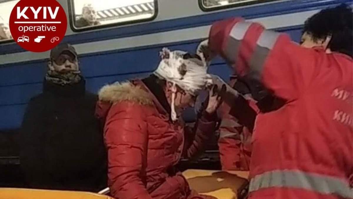У мережі показали моторошну спробу суїциду жінки під Києвом